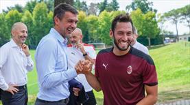 Hakan Çalhanoğlu ödülü bu gollerle aldı