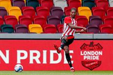 Brentford, penaltılarla üst turda
