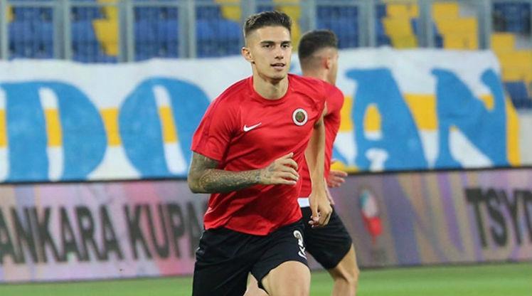 Berat Özdemir resmen Trabzonspor'da
