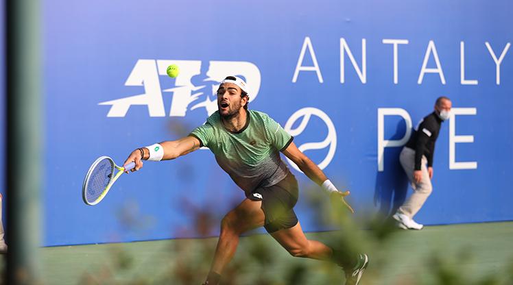 Antalya Open'da favorilerin günü