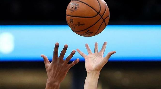 NBA'de iki maça COVID-19 engeli