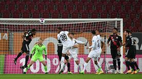 Bayern Münih 1 attı, 3 aldı