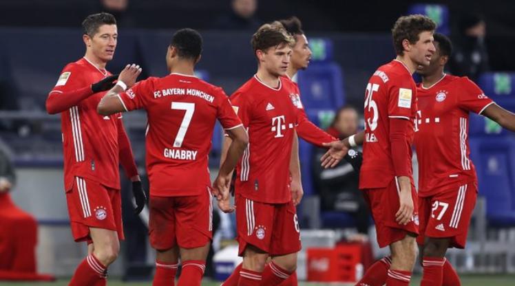 Bayern Münih, Schalke 04 deplasmanında rahat kazandı