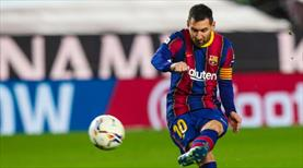 Messi tarihe geçti, Barcelona kazandı