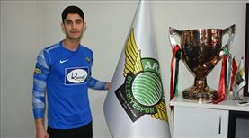 Akhisarspor, Enes Kimia'nın lisansını çıkardı