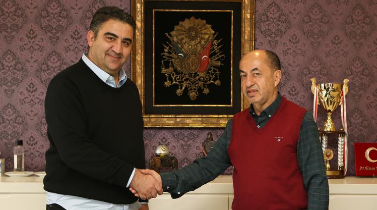 Ankaraspor, Ümit Özat ile anlaştı