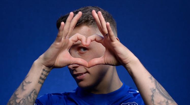 Digne, 2025'e kadar Everton'da