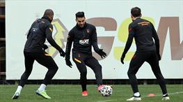 Galatasaray basına kapalı çalıştı
