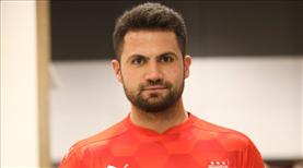 Sivasspor, Ali Şaşal Vural ile uzattı