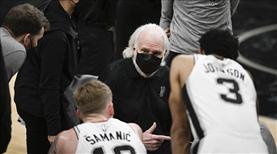 Spurs kazandı, Popovich tarihe geçti