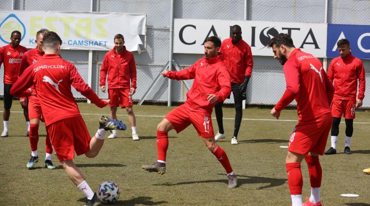Sivasspor hazırlıklara başladı
