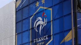 Fransa Futbol Federasyonu, UEFA'nın yanında