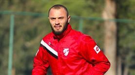 B. Boluspor'da iki futbolcu ile yollar ayrıldı
