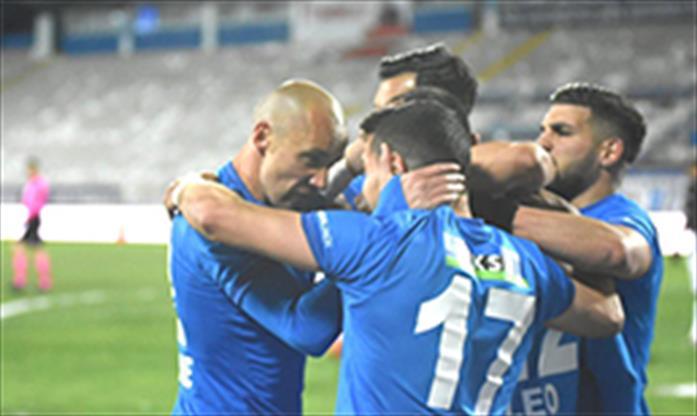 BB Erzurumspor'da 4 oyuncu ile yollar ayrıldı
