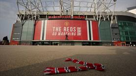 Manchester United taraftarından protesto
