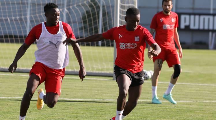 Sivasspor'da Başakşehir mesaisi başladı