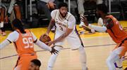 Davis'ten Lakers'a kötü haber