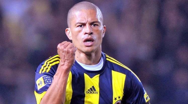 Alex'ten Fenerbahçe'nin yeni transferine mesaj