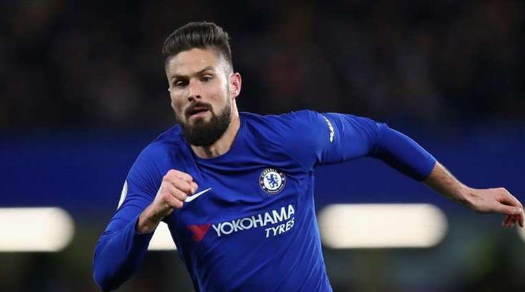 Giroud Chelsea'de kaldı