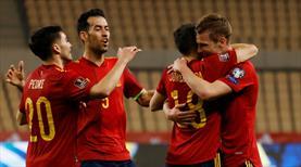 İspanya Milli Takımı'nda futbolcular aşılanıyor