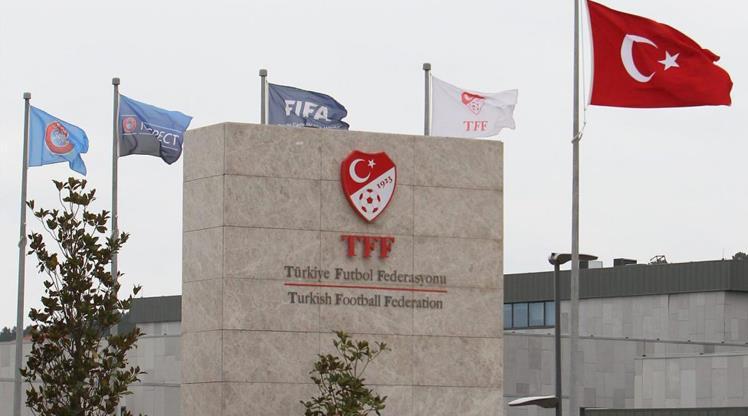 TFF, Talat Özkarslı ve Vahap Özaltay'ı andı