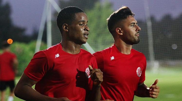 Antalyaspor sezon hazırlıklarına devam etti