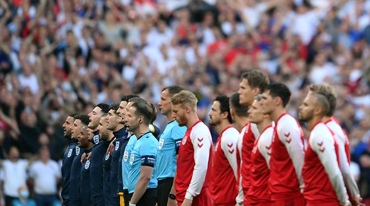 UEFA'dan İngiltere - Danimarka maçına soruşturma