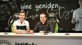 Guilherme, Konyaspor'da kaldı
