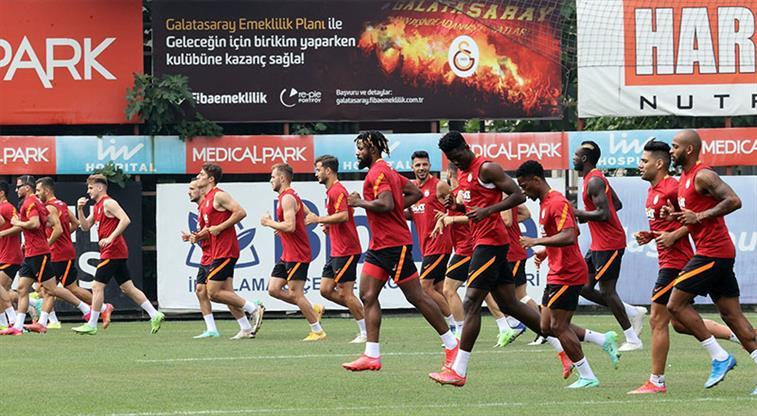 Galatasaray'ın PSV kadrosu belli oldu