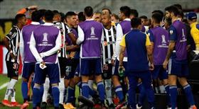 Boca Juniors elendi, maç sonu ortalık karıştı