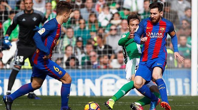 Barça puanı zor kurtardı