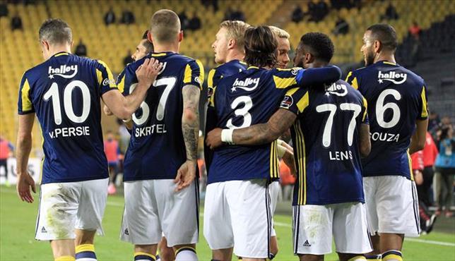 Fenerbahçe-Akhisar Belediyespor: 3-1